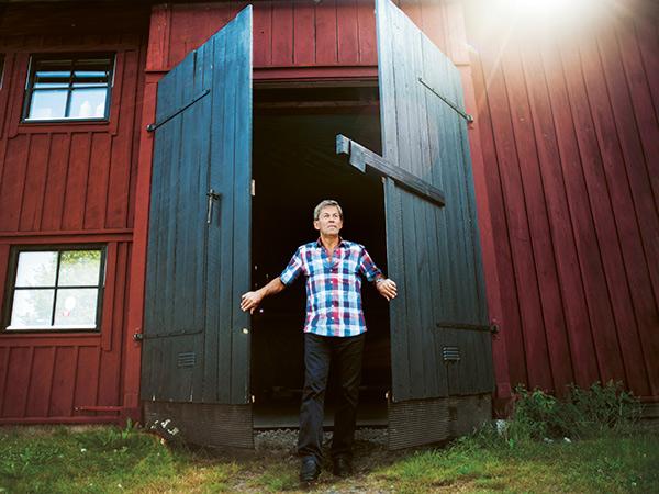 Hildemar-Svensson-sakerhetsdorr-i-tra-1