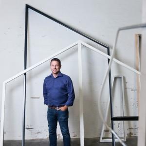 Westcoast Windows har vuxit varje år sedan starten. En bra förklaring till utvecklingen är en delaktig personal och ett aldrig sinande intresse för att skapa en perfekt leveranssäkerhet.