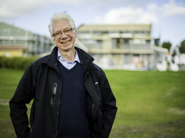 Ett utökat samråd mellan kommunen och byggherrarna kring detaljplanerna skulle göra bygglovsprocessen smidigare, säger Kent Björvang från Götenehus.