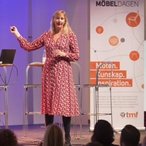 Klara Adolphsson, chef för organisations- och ledarskapsdesign på PwC och initiativtagare till Decoding X