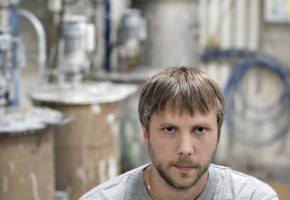 Samuel Jönsson, samordnare för ytbehandling på Ballingslöv, är en av de medarbetare som kan komma att erbjudas industrivalidering.