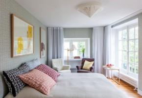 Inrett av Anna Kraitz med möbler från Carl Malmsten.