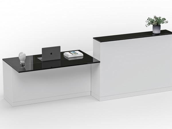 Unique med återställningsgaranti Återställningsgaranti Glimakra garanterar att kunna återställa produkten i nyskick i minst 20 år. Priset kommer vara ca 65–70 procent av nyvärdet. Eftersom produkten kan demonteras kan skadade och slitna delar bytas ut eller lackas om så att produkten ser ut som ny. Påminnelser När kunden registrerar produkten digitalt aktiveras en påminnelsefunktion som gör att kunden automatisk får erbjudanden om återställning/renovering vart femte år. Vanlig garanti Den vanliga produktgarantin fungerar precis som vanligt, skillnaden är att om du skulle få en stor repa på möbelnl kan man välja att aktivera återställningstjänsten i stället för att eventuellt slänga möbeln.