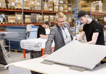 Dyra rekryteringar–ett problem för trä– och möbelindustrin